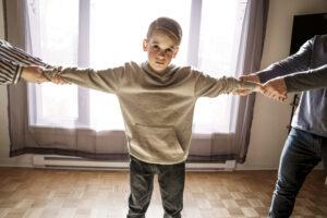 Kind belast door complexe scheiding